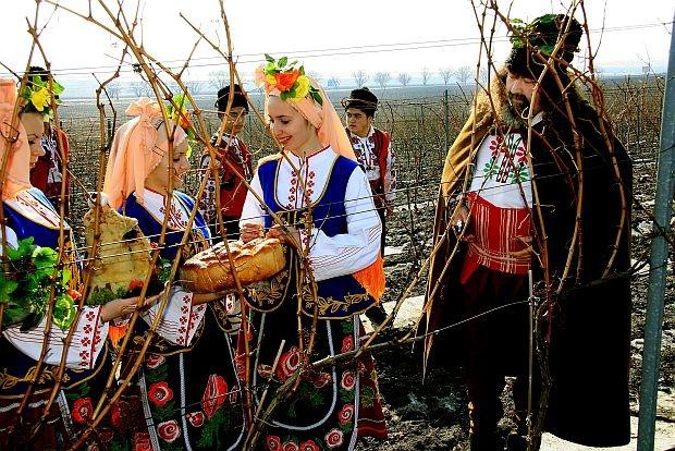 wijnfestijn-trifon-zarezan-bulgarije-1